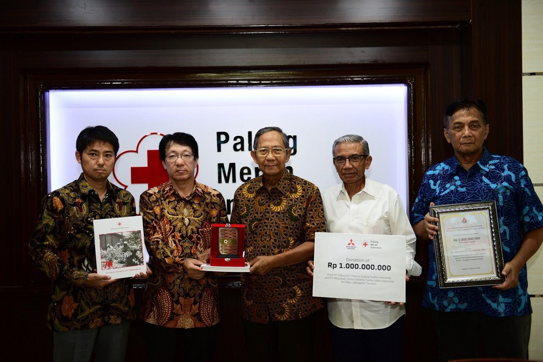 BANTUAN MITSUBISHI MOTORS UNTUK KORBAN GEMPA DI SULAWESI, INDONESIA