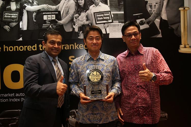 MITSUBISHI RAIH PERINGKAT TERTINGGI INDONESIA SALES SATISFACTION INDEX DAN CUSTOMER SATISFACTION INDEX J.D. POWER 2019