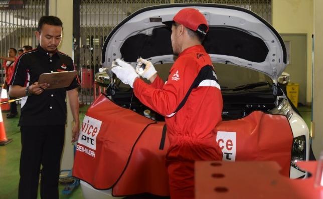 CARA MITSUBISHI MOTORS JAGA KUALITAS LAYANAN TERBAIK KEPADA PELANGGAN